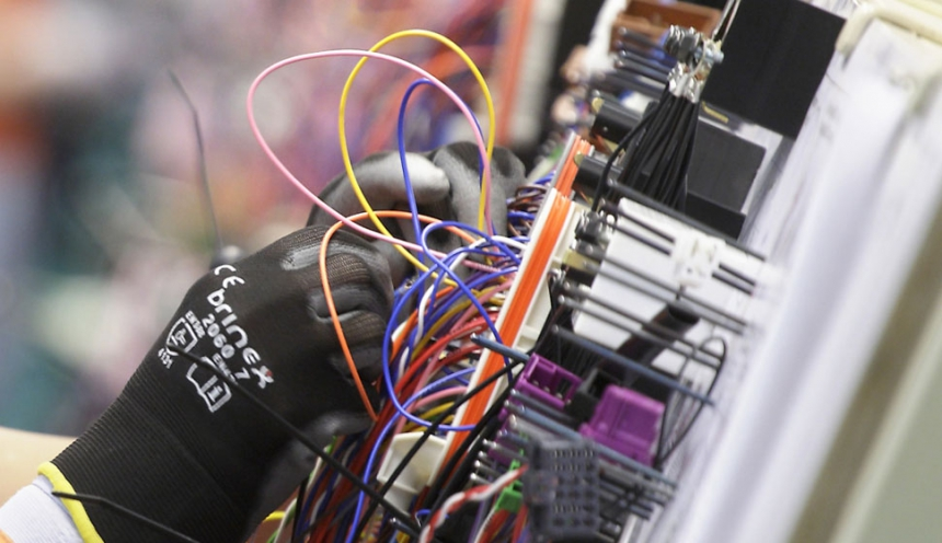 alasivut_kuvasarja1_2 860x9999 wiring systems pkc group pkc wire harness at mifinder.co